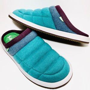 Sanuk 10 Puff N Chill blue sidewalk surfer shoes